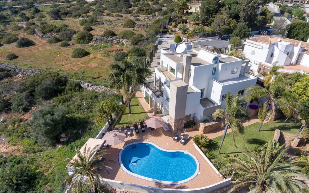 Tintagel 5 bedroom villa western Algarve