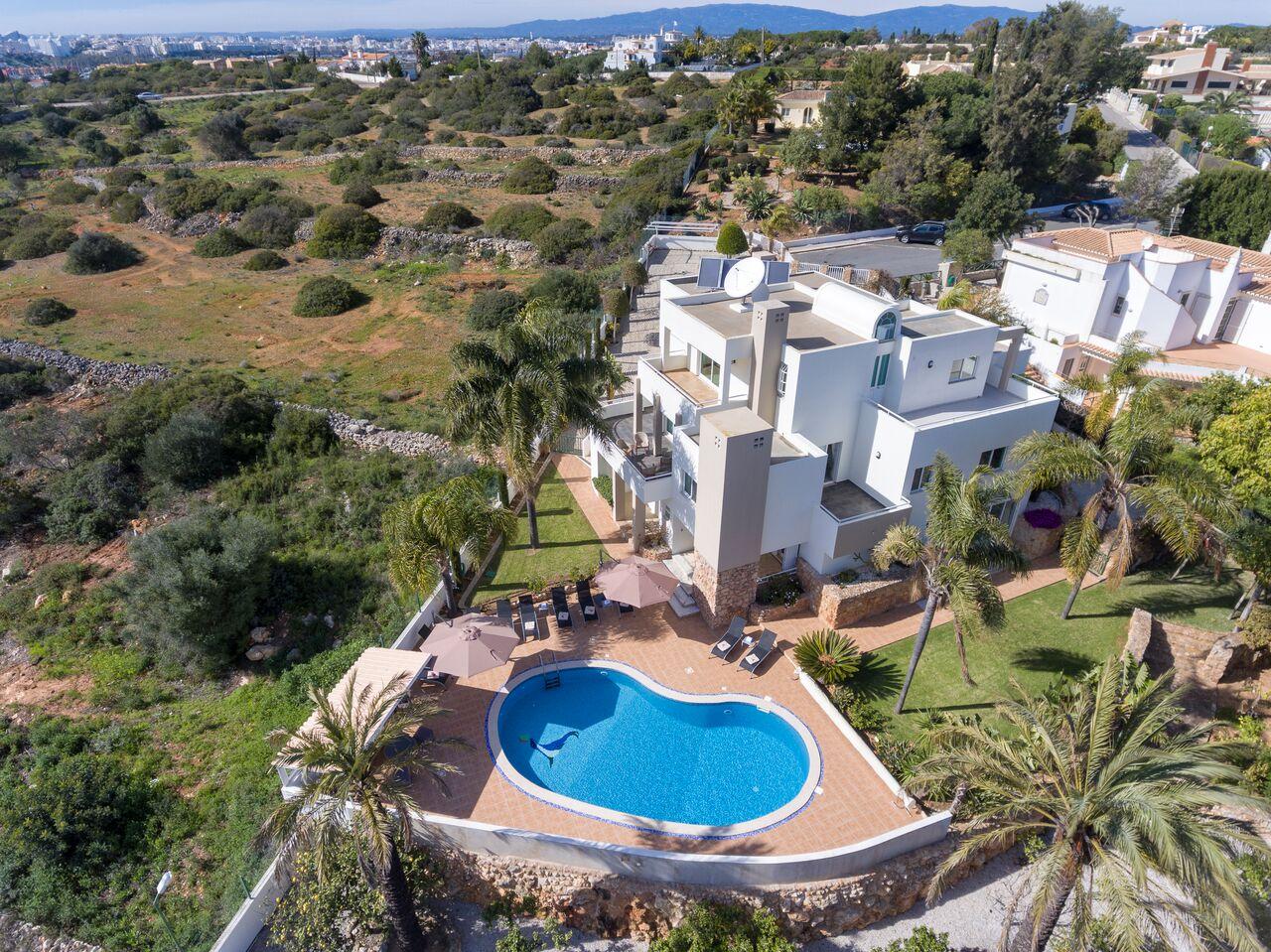 5 bedroom villa western Algarve-drone-Enneking Premium Rentals Algarve Portugal