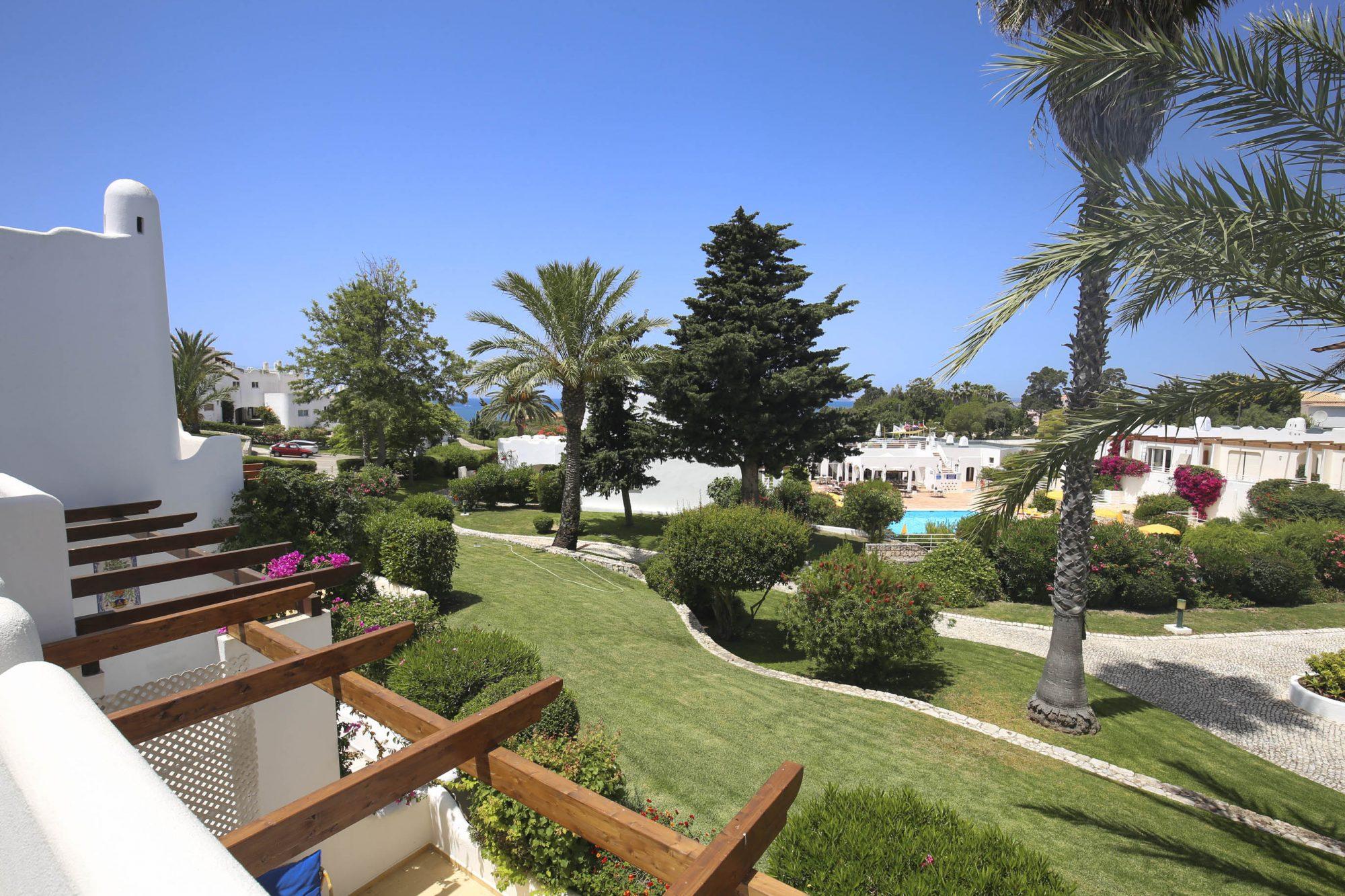 Villa Gaivotta T2 western Algarve-views- Enneking Premium Rentals